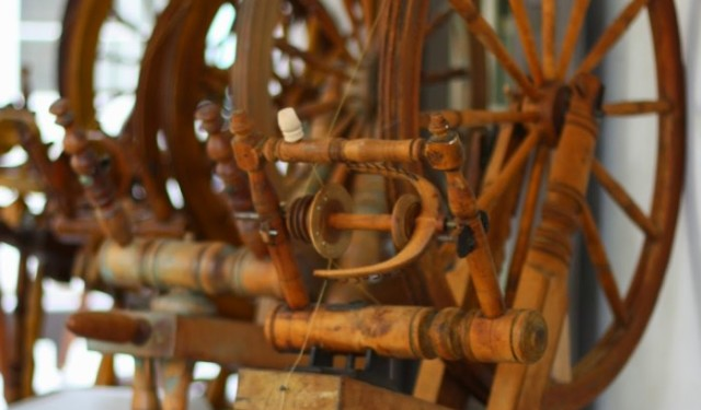 Spinning Wheels at Creativ Festival