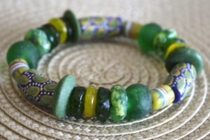 big-village-recycled-glass-bead-bracelet